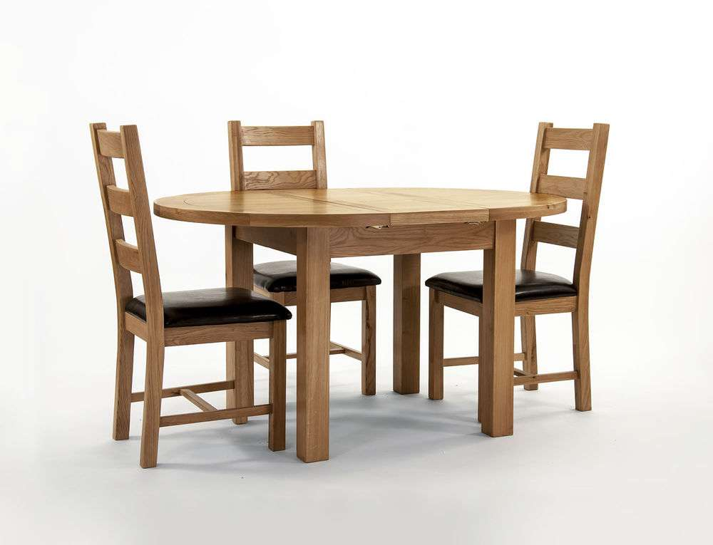Solid Wood Chunky Oak Round Extending Dining Table Butterfly