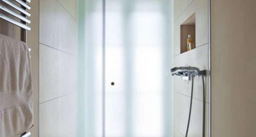 Space Saving Bathroom Large Format Tiles Suite
