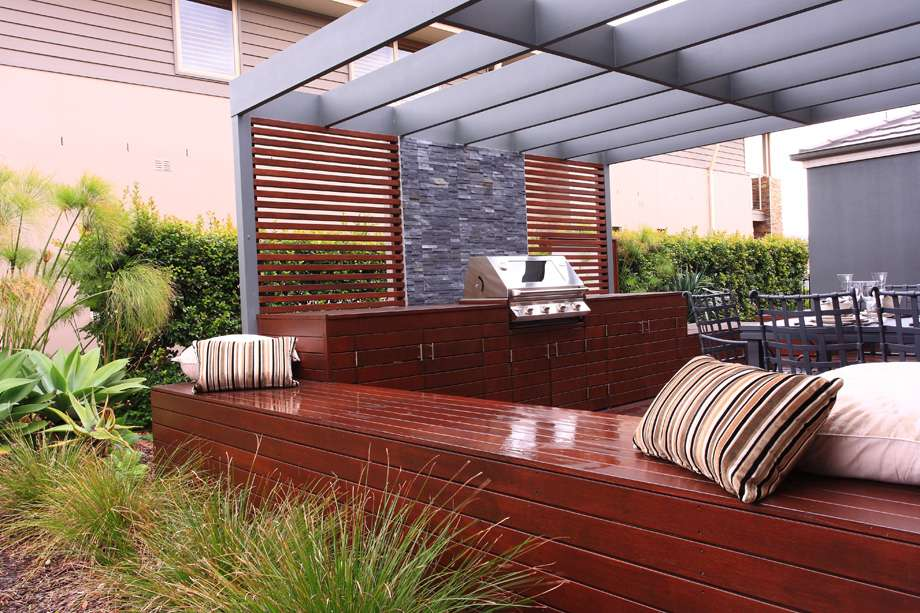Specialist Outdoor Room Designers Entertaining