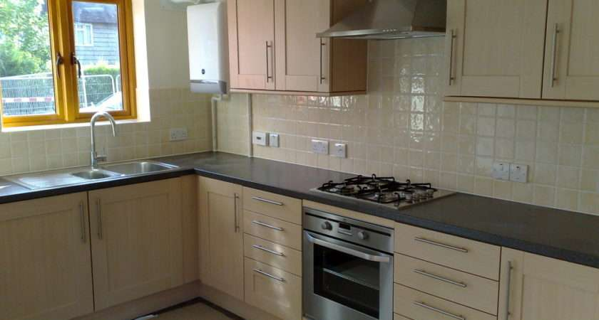 Square Carpentry Feedback Kitchen Fitter London