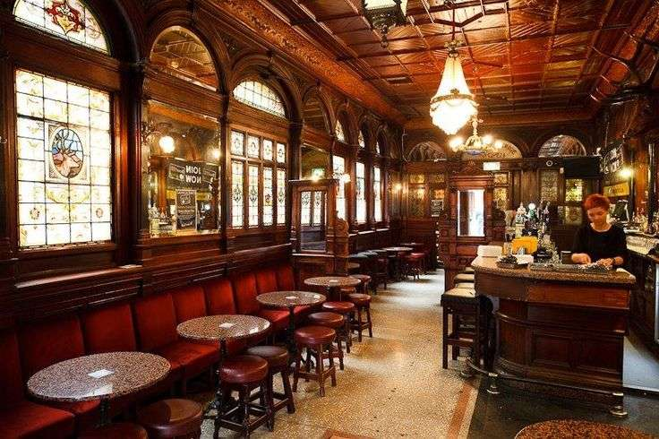 Stags Head Dublin Traditional Features Gorgeous
