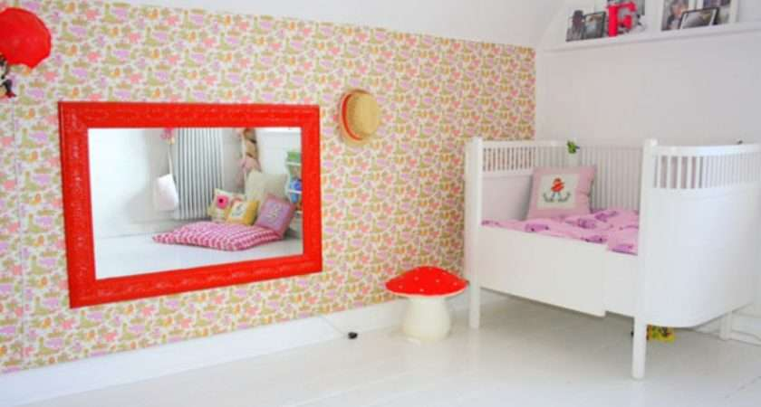 Stylish Twin Girls Bedroom Design Pink White Red Colors