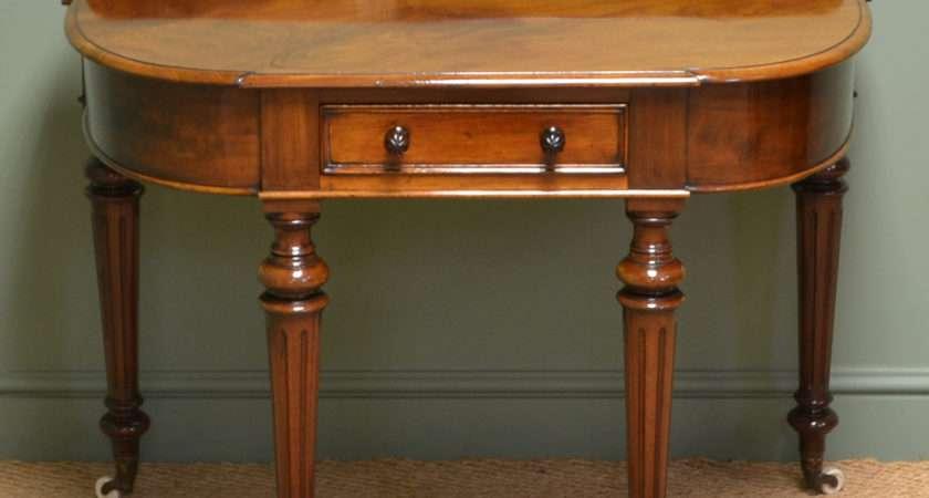 Superb Quality Figured Mahogany Antique Victorian Side