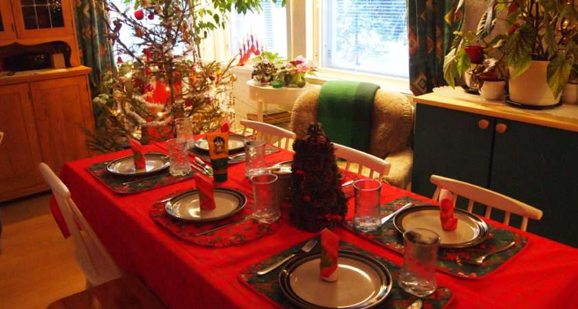 Table Decoration Ideas Christmas Dining Room