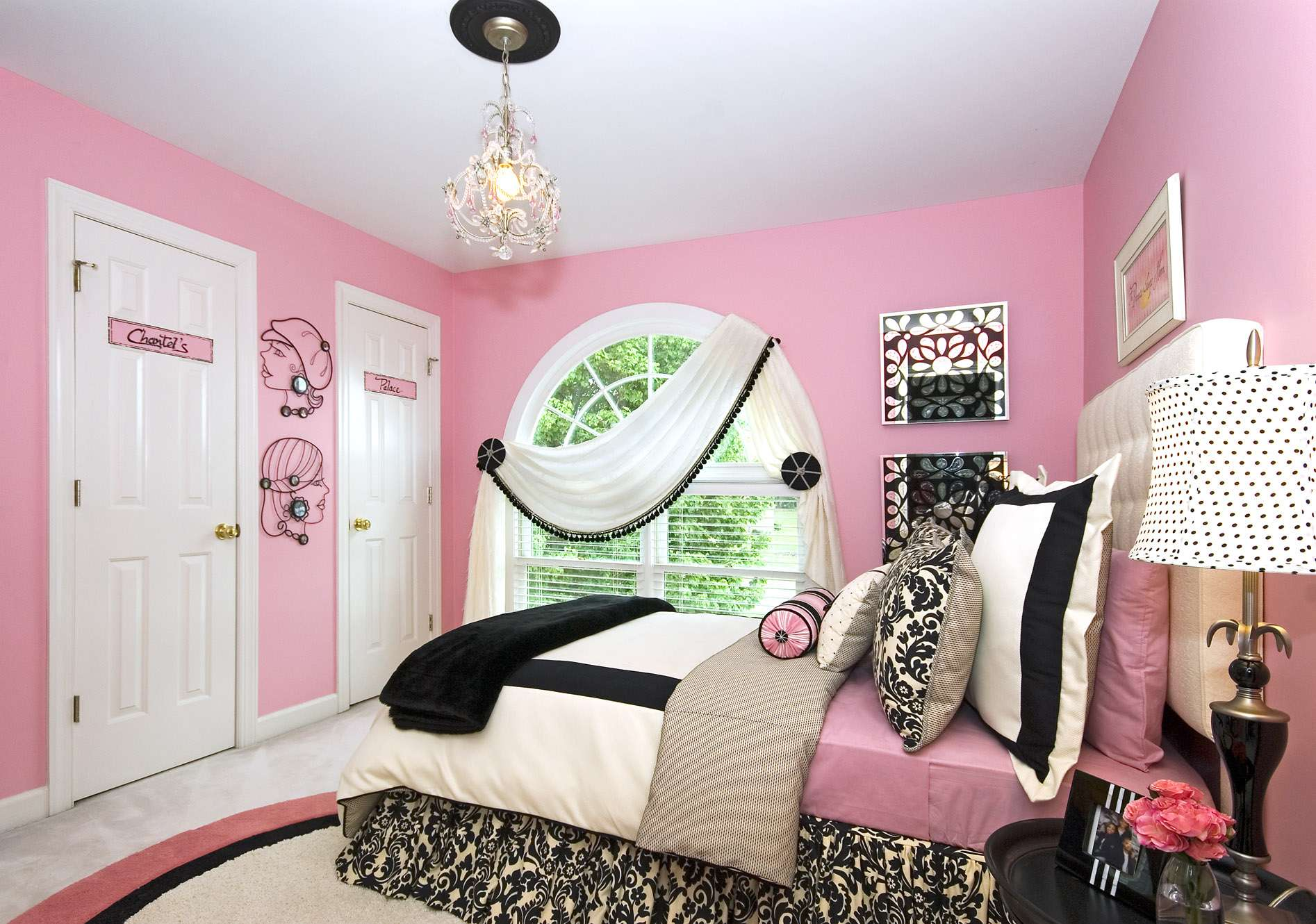 Teenage Girls Bedroom Ideas Should Consider Space Girl