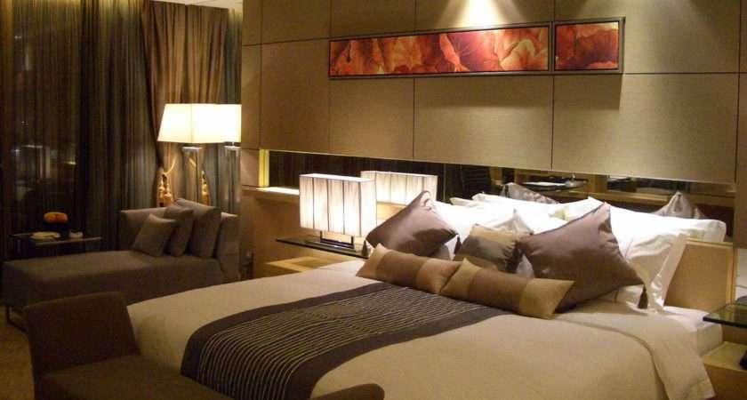 Tidy Contemporary Bedroom Furniture Wall Decor Illuminated