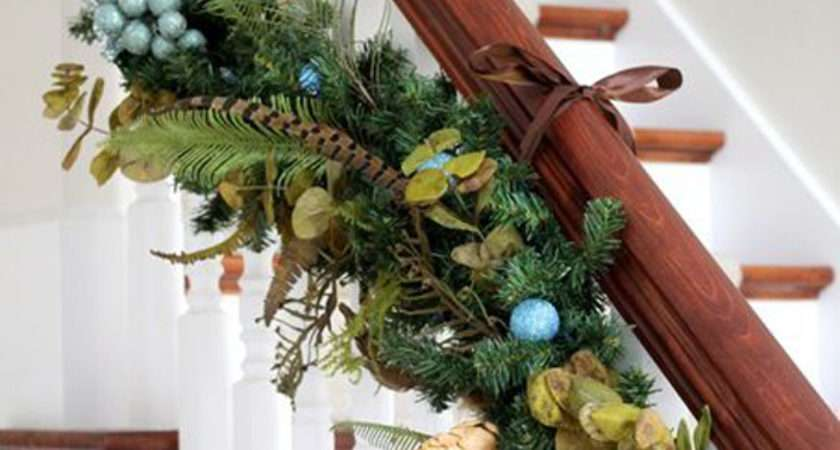 Top Staircase Garland Designs Christmas