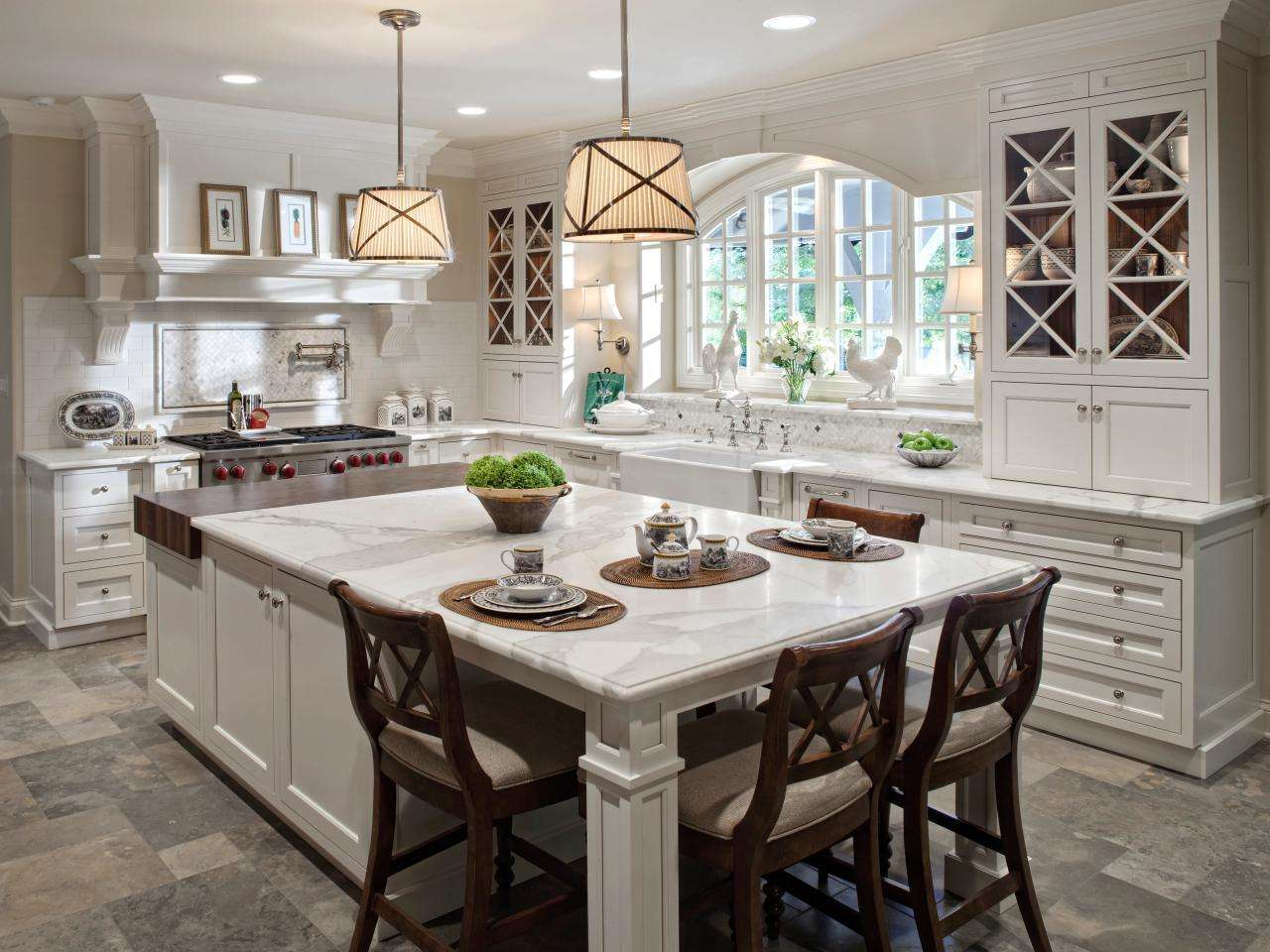 Traditional White Kitchen Large Eat Island Hgtv