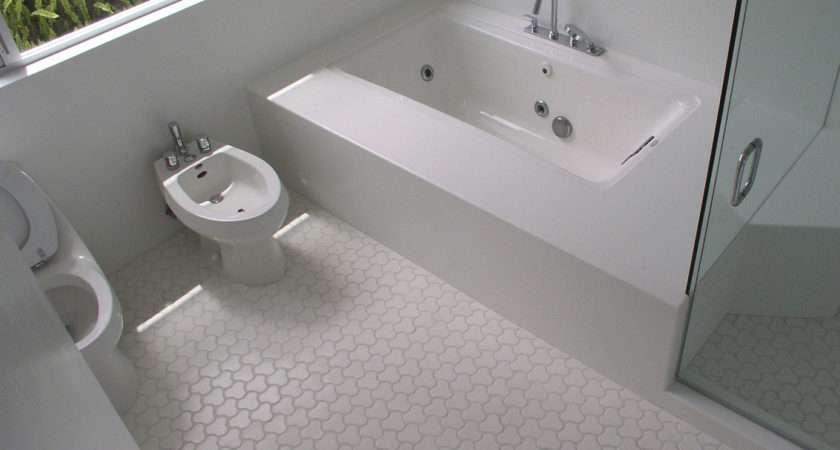 Unique Mosaic Tiles Shaped Flooring Bathroom