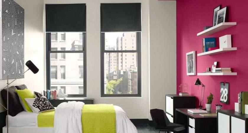 Using Hot Pink Your Interior Bedroom Design
