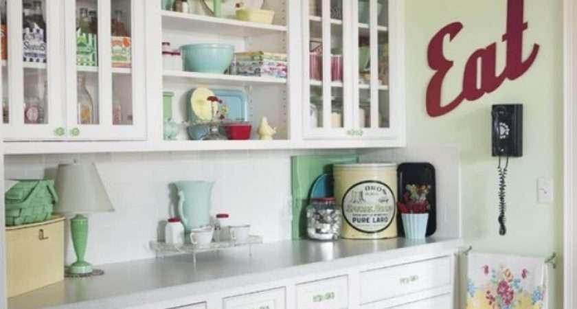 Vintage Kitchen Accessories Transform Your Retro Prevnav Nextnav Image 5 Of 18 Click To Enlarge
