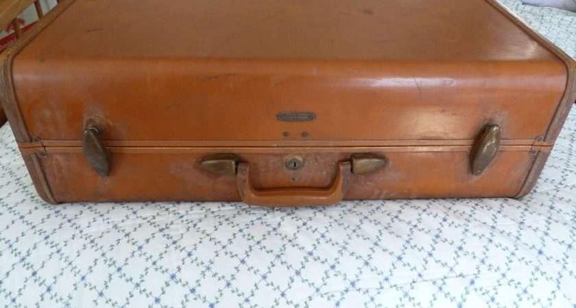 Vintage Samsonite Faux Leather Carmel Hardside