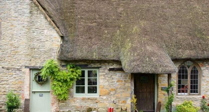 Wander Around Century Country Cottage