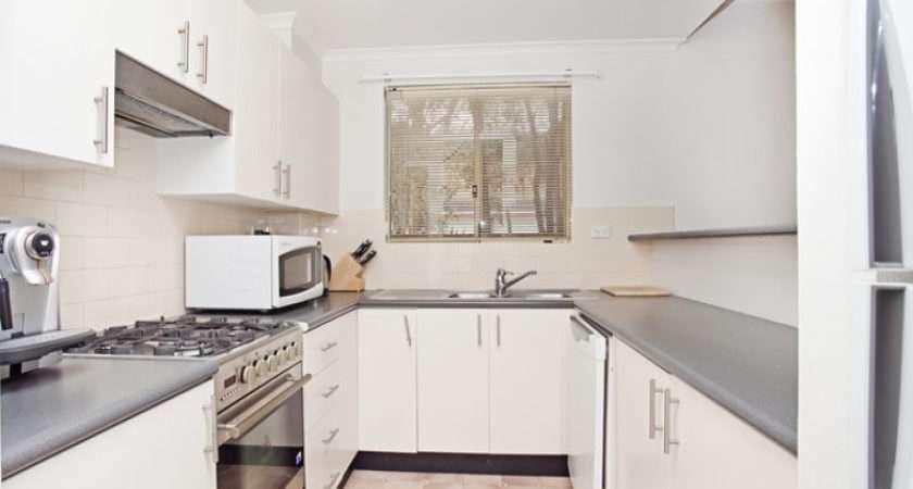 White Shaped Kitchens Home Decor Interior Design