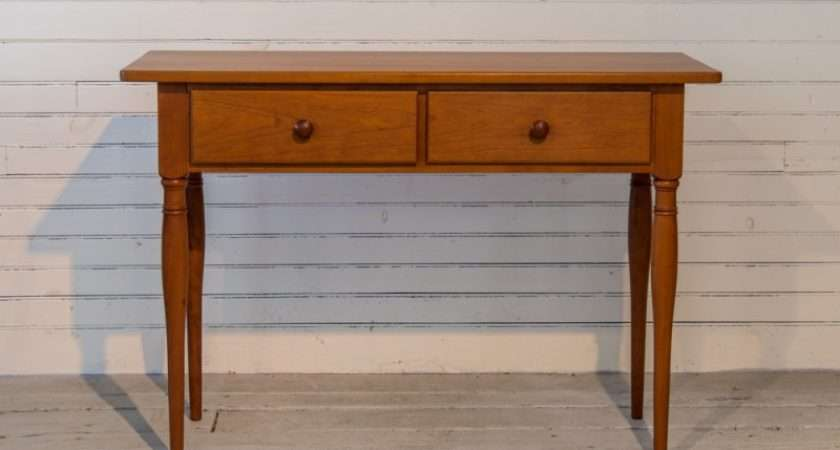Windsor Chairmakers Small Hall Console Table