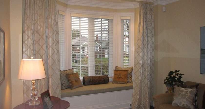 Wonderful Curtains Bay Windows Decorating Ideas