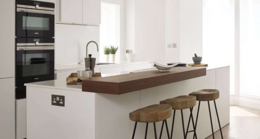 Wood Breakfast Bar Quartz Worktop