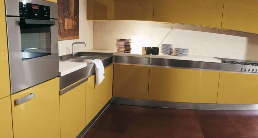 Yellow Anf Red Kitchen Decobizz